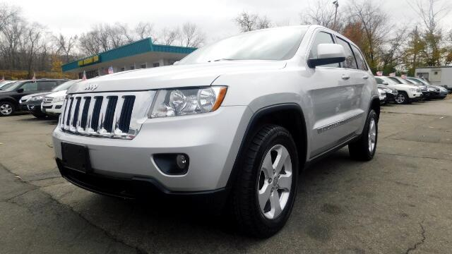 2012 Jeep Grand Cherokee DISCLAIMER We make every effort to present information that is accurate
