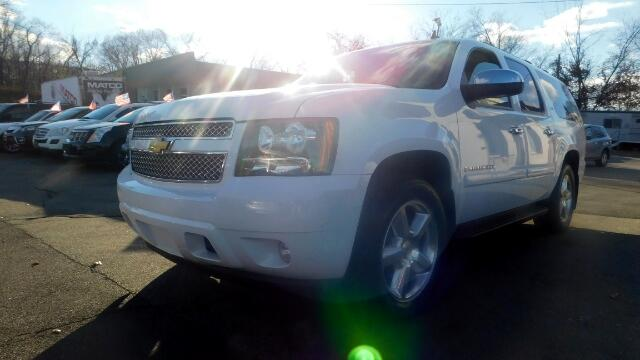 2008 Chevrolet Suburban DISCLAIMER We make every effort to present information that is accurate H