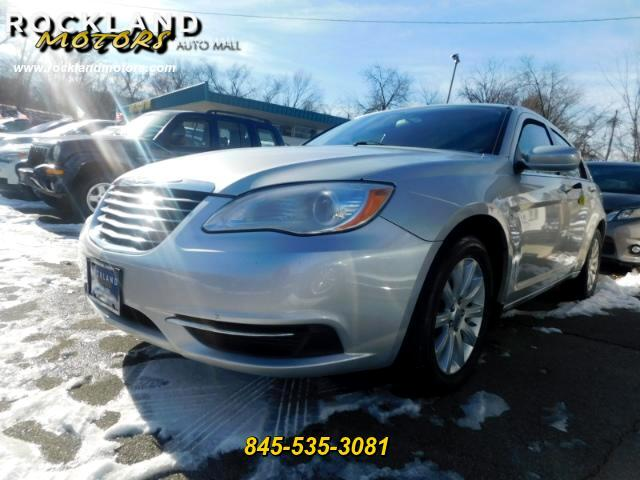 2012 Chrysler 200 DISCLAIMER We make every effort to present information that is accurate However
