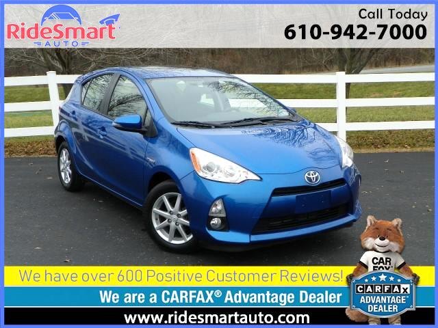 2013 Toyota Prius c Four- Navigation-Leather-Sunroof