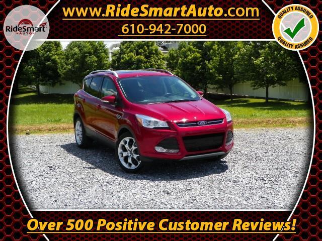 2014 Ford Escape Titanium 2.0L 4WD-Navigation-Bluetooth-Sunroof-Lea
