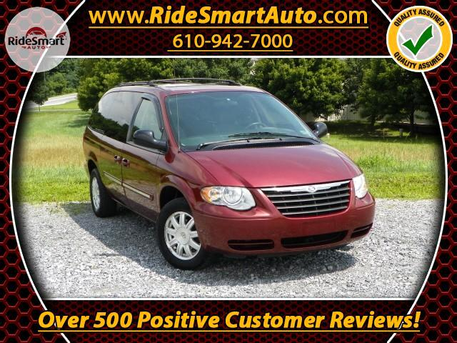 2007 Chrysler Town & Country Touring Stow & Go Seating