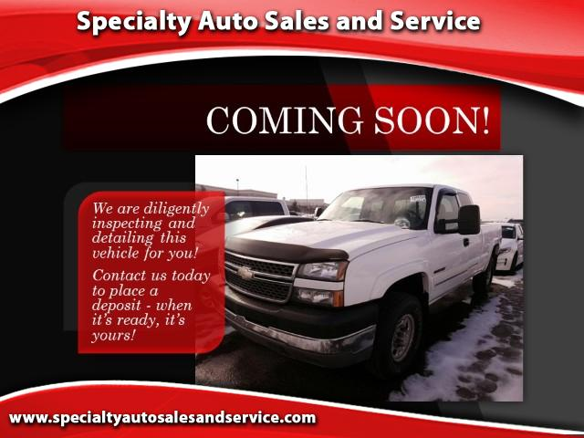 2005 Chevrolet Silverado 2500HD LT Ext. Cab Short Bed 4WD