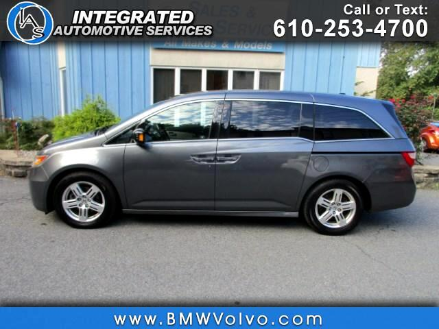 2011 Honda Odyssey Touring  w/ DVD and Navigation