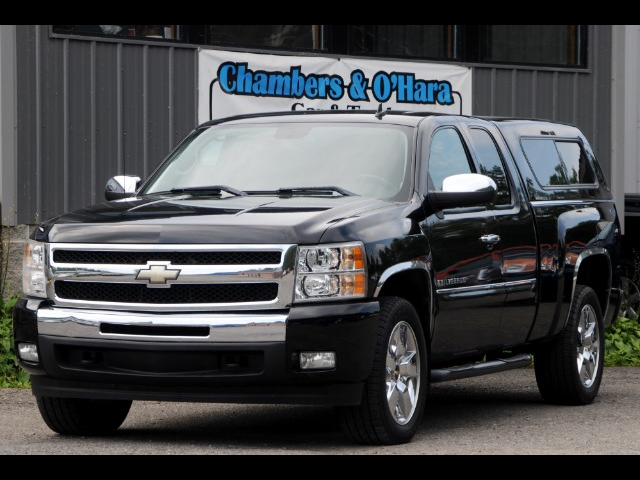 2009 Chevrolet Silverado 1500 LT Ext. Cab 4-Door Short Bed 2WD