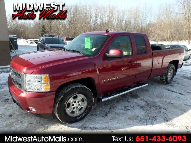 2007 Chevrolet Silverado 1500 LTZ Ext. Cab Long Box 4WD