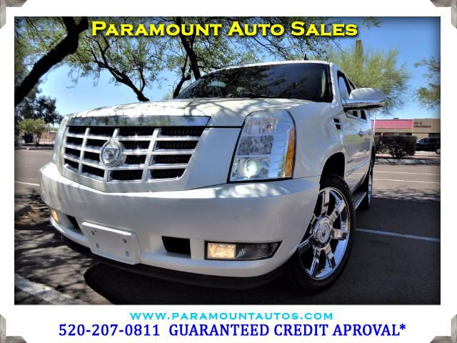 2010 Cadillac Escalade GORGEOUS PEARL CADILLAC ESCALADE WITH ONLY 48K MILES IF YOU ARE GOING TO B