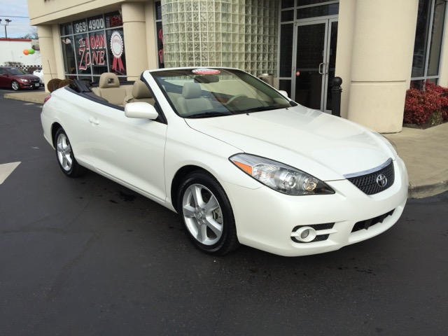 used 2008 toyota camry solara se convertible for sale in louisville ky 40213 greg coats cars. Black Bedroom Furniture Sets. Home Design Ideas