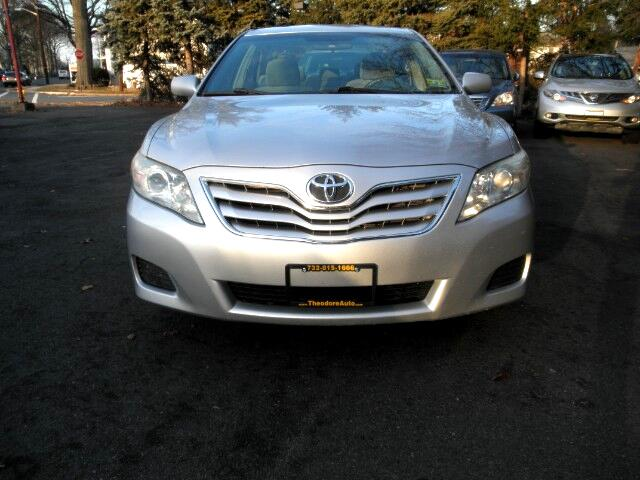 2010 Toyota Camry 2014.5 4dr Sdn I4 Auto XLE (Natl)
