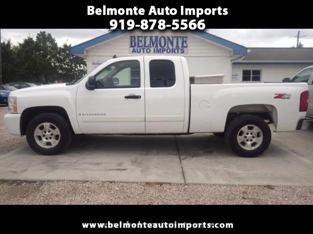 2007 Chevrolet Silverado 1500 Z71 Ext. Cab Short Bed 4WD