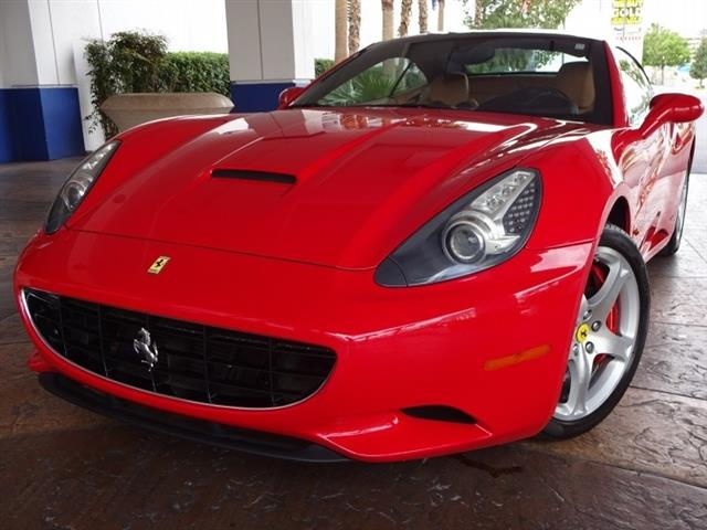 2010 Ferrari California Convertible GT