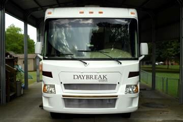 2008 Damon Motor Coach DayBreak