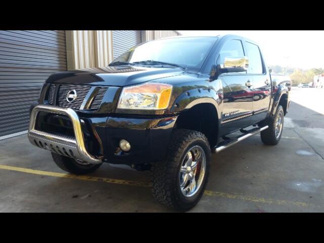 2011 Nissan Titan PRO-4X Crew Cab 4WD SWB