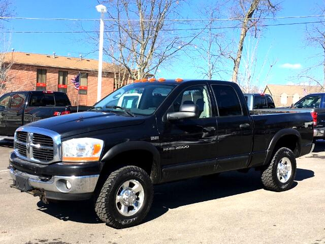 2006 Dodge Ram 2500 QUAD CAB 4x4 WITH PLOW