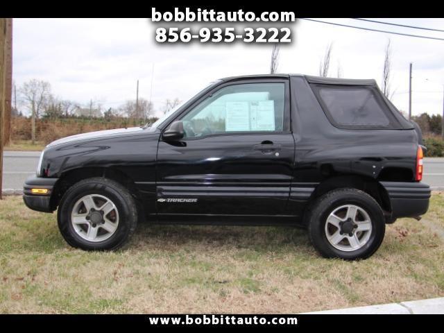 2003 Chevrolet Tracker 2-Door 4WD