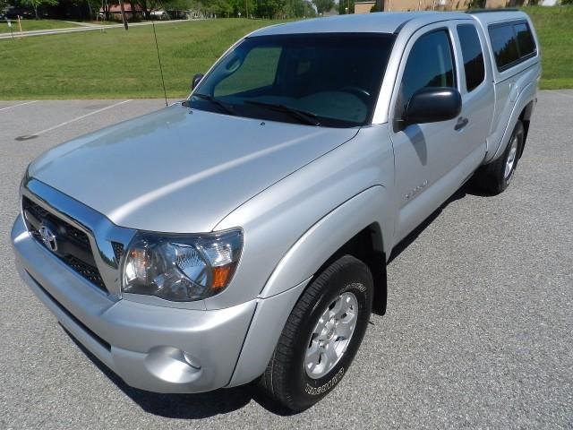2011 Toyota Tacoma PreRunner Access Cab V6 Auto 2WD