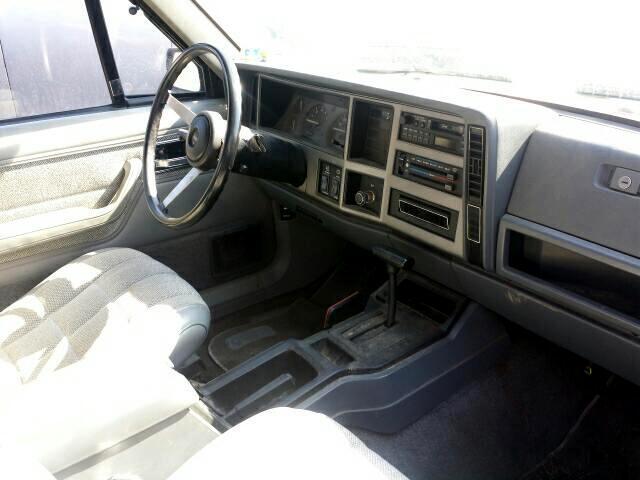 1991 Jeep Cherokee Laredo 4-Door 4WD