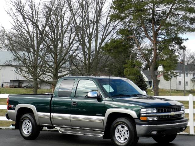 2002 Chevrolet Silverado 1500 Ext. Cab Short Bed 4WD