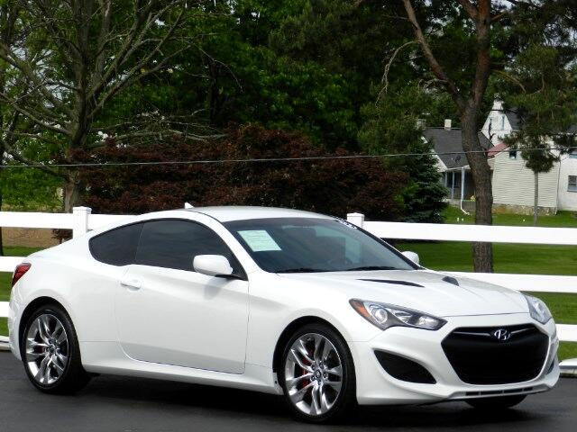 2013 Hyundai Genesis Coupe 2.0T R-Spec 6MT