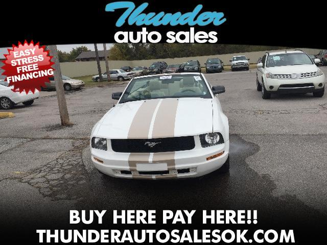 2009 Ford Mustang V6 Convertible