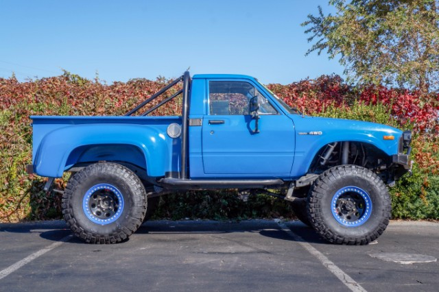1984 Toyota Pickup SR5 Xtracab 4WD Engine Swapped 4.3L V6