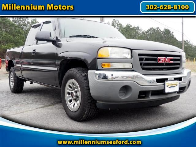 2005 GMC Sierra 1500 SLE Ext. Cab Long Bed 4WD