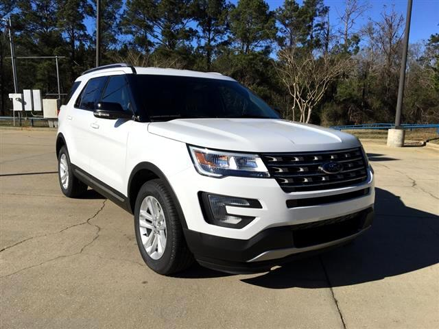 2017 Ford Explorer XLT 2WD