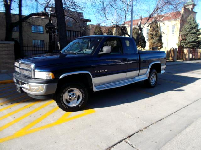 2001 Dodge Ram Pickup 1500 Quad Cab Short Bed 4WD