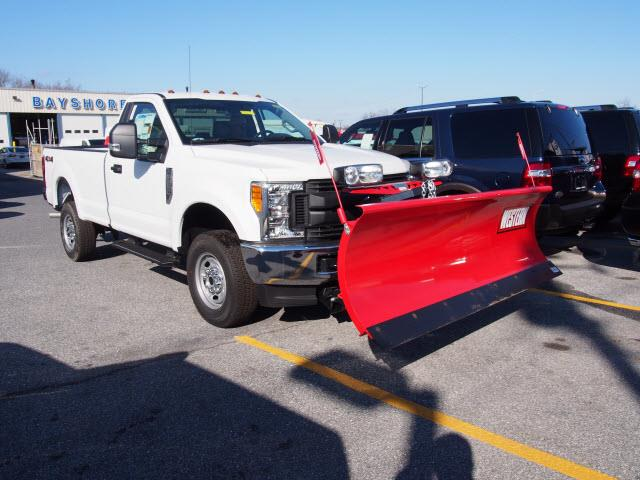 2017 Ford F-250 SD XL 600A - PLOW