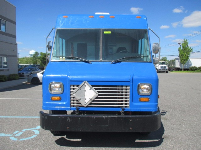 2006 Freightliner MT45 Chassis