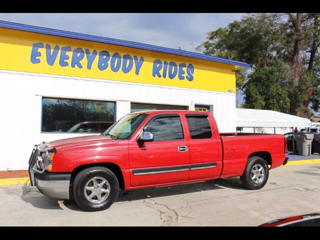 2004 Chevrolet Silverado 1500 Ext. Cab Short Bed 2WD