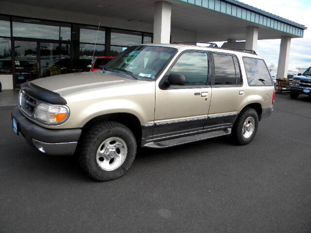 1999 Ford Explorer XLT 4-Door 4WD