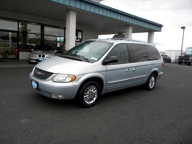 2001 Chrysler Town & Country Limited AWD