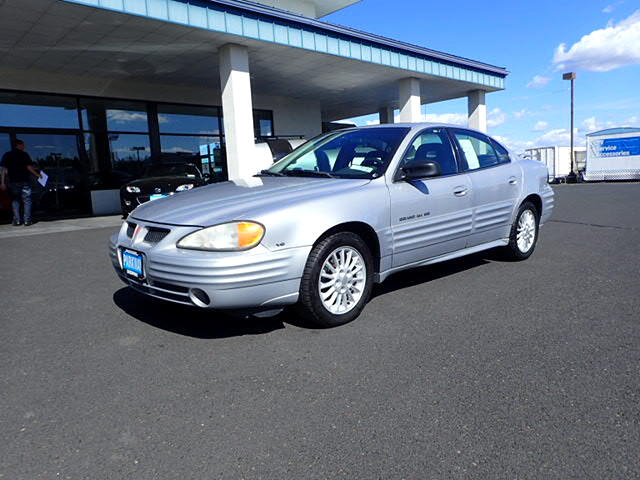 2000 Pontiac Grand Am SE2 sedan