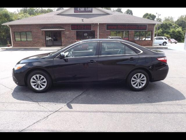 2016 Toyota Camry LE 5-Spd AT