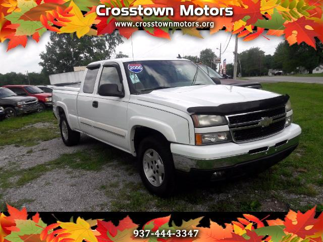 2006 Chevrolet Silverado 1500 LS Ext. Cab Long Bed 4WD