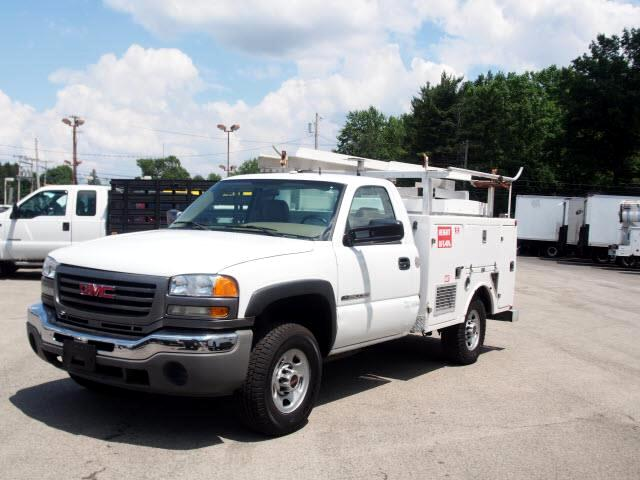 2004 GMC Sierra 2500HD Work Truck Long Bed 2WD