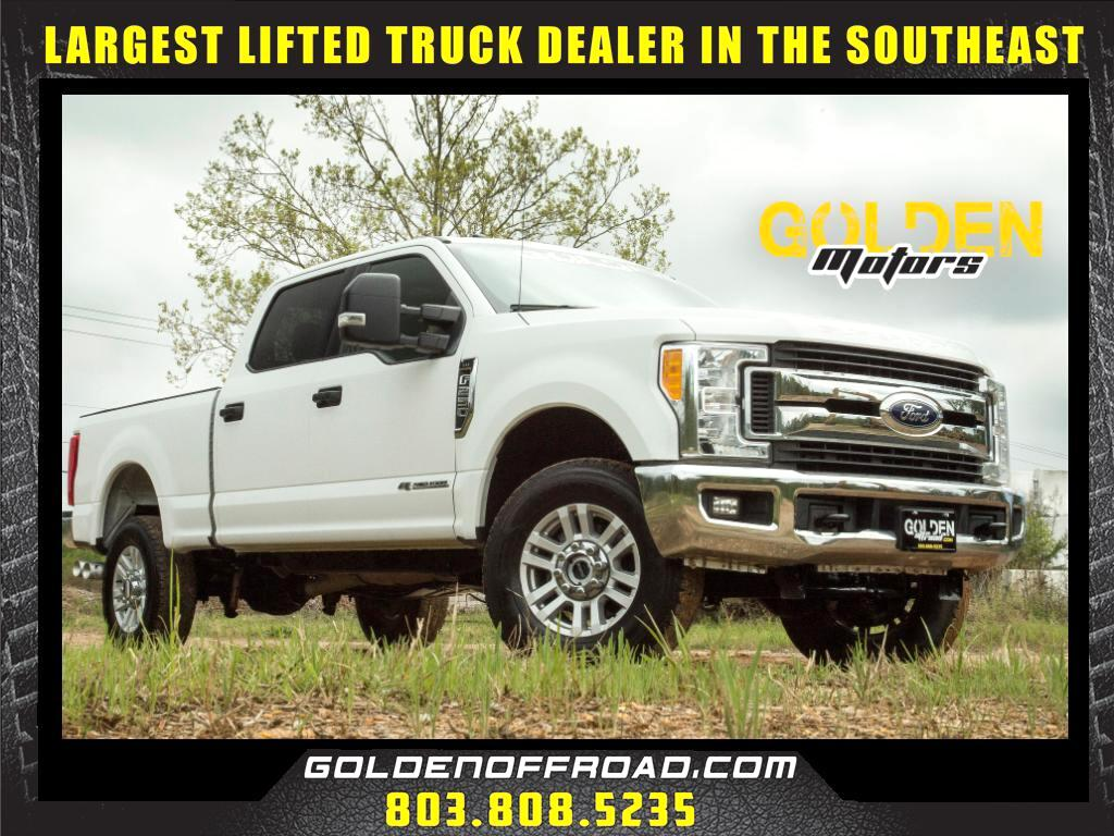 2017 Ford F-250 SD XLT FX4 Super Crew 4WD 6.7L Powerstroke V8