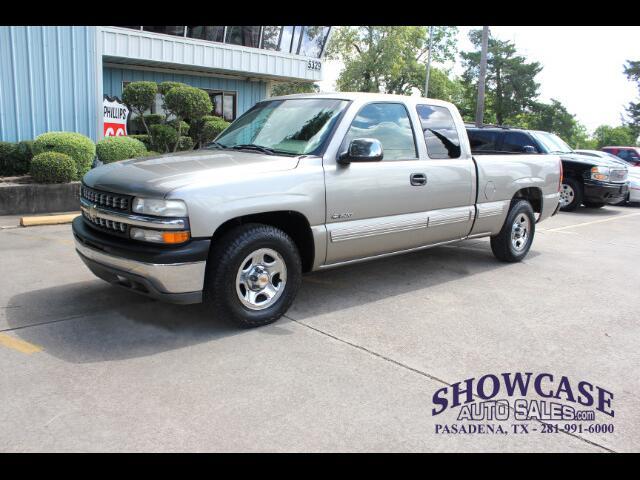 2001 Chevrolet Silverado 1500 LS Ext. Cab Short Bed 2WD