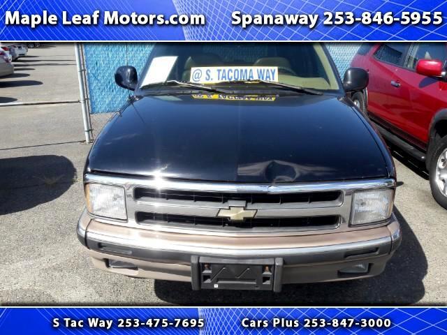 1997 Chevrolet Blazer 4-Door 2WD