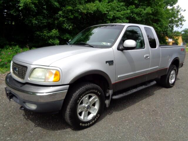 """2002 Ford F-150 4WD SuperCab 133"""" FX4"""