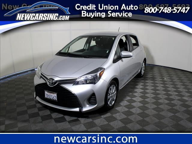 2016 Toyota Yaris LE 5-Door AT
