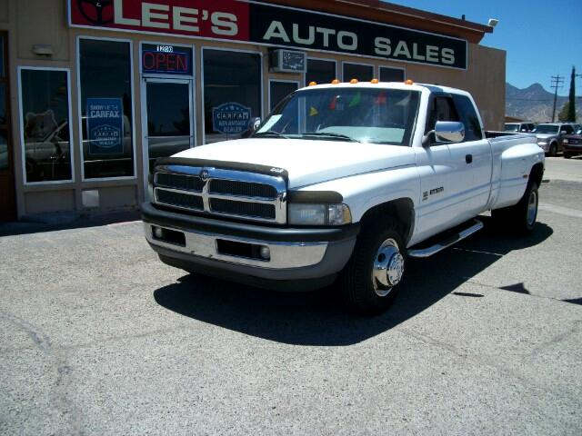 1996 Dodge Ram 3500 ST Club Cab 8-ft. Bed 2WD