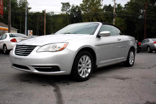 used 2011 chrysler 200 for sale in poughkeepsie ny 12603 wheels r us inc. Black Bedroom Furniture Sets. Home Design Ideas