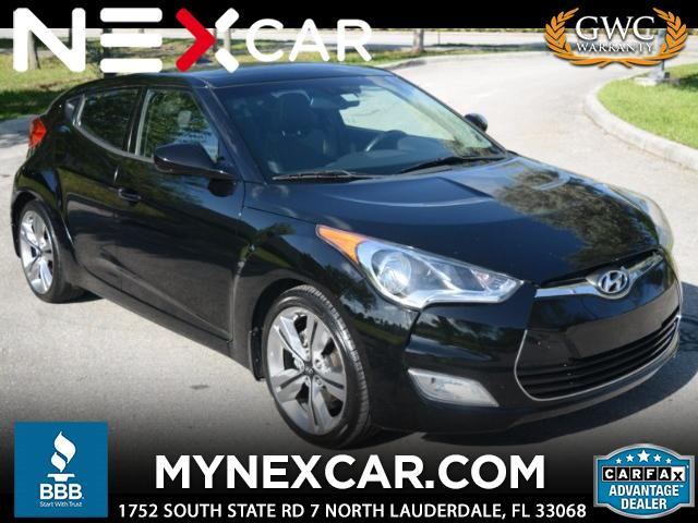 2012 Hyundai Veloster 3dr Cpe Man w/Black Int