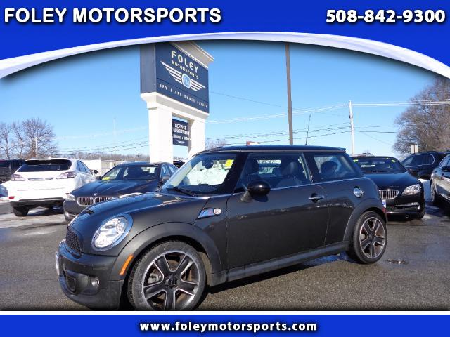 2012 MINI Cooper S 2dr Hatchback Air Conditioning Alarm System Alloy Wheels AMFM Anti-Lock Bra