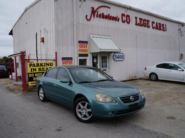 2002 Nissan Altima Visit Nicholsons College Cars online at wwwnicholsoncarscom to see more pictur