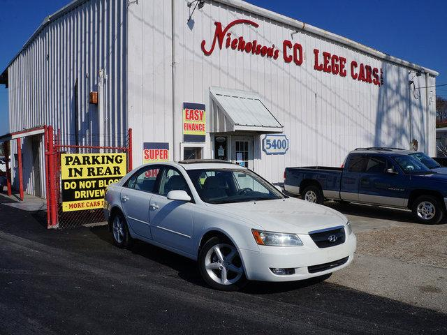 2007 Hyundai Sonata Visit Nicholsons College Cars online at wwwnicholsoncarscom to see more pictu