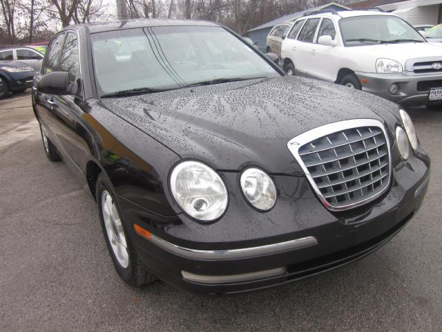 2005 Kia Amanti THE HOME OF THE 299 TOTAL DOWN PAYMENT Visit Parker Auto Sales online at wwwparker
