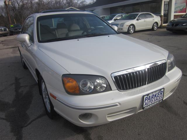 2003 Hyundai XG350 THE HOME OF THE 299 TOTAL DOWN PAYMENT Visit Parker Auto Sales online at wwwpar